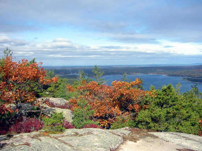 Acadia Mountain Hike overlooking Somes Sound